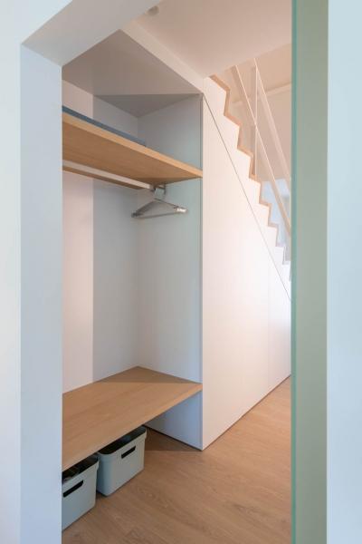 renovatie-woning-gelijkvloer-verdiep-maatwerk-keuken-kast-bureau-mortier-interieur-renovatie-20