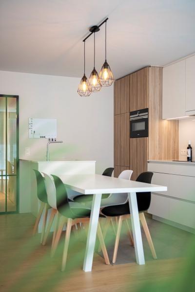 totaalrenovatie-en-meubelmaatwerk-appartement-nieuwpoort-zeedijk-mortier-36