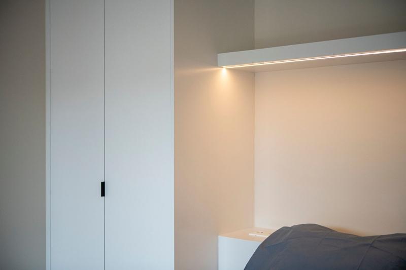 mortier-renovatie-totaalrenovatie-appartement-met-maatwerk-oostduinkerke-koksijde-9