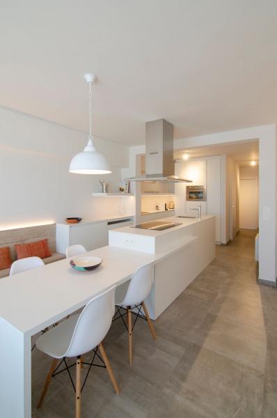 totaalrenovatie-en-meubelmaatwerk-appartement-zeedijk-koksijde-5