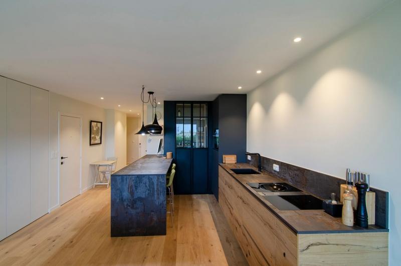 totaalrenovatie-en-meubelmaatwerk-appartement-oostduinkerke-13