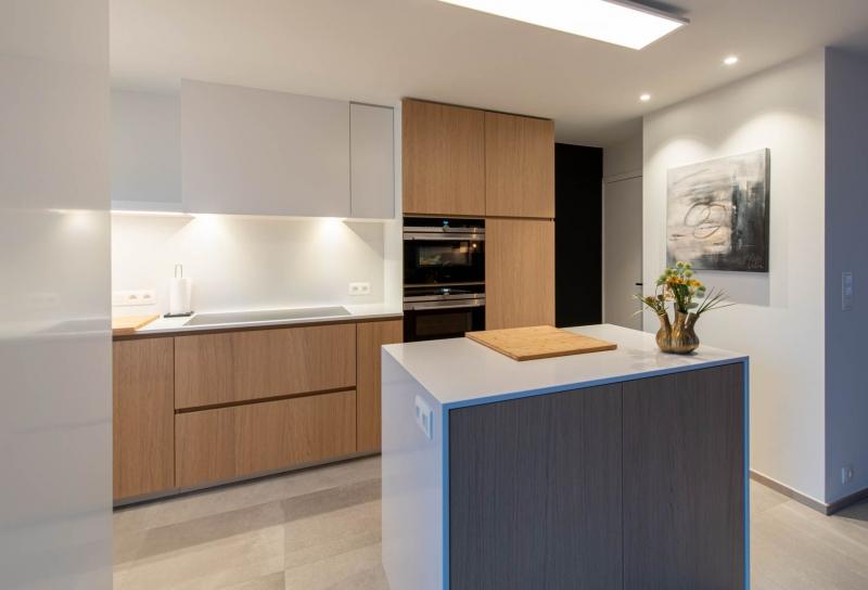 renovatie-keuken-inkom-mortier-renovatiewerken-maatwerk-tegels-schrijnwerk-41