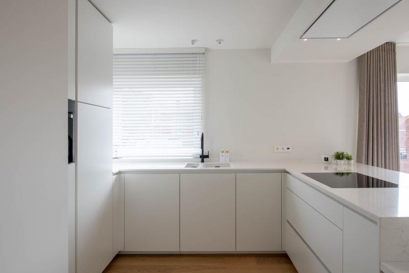 totaalrenovatie-appartement-oostduinkerke-tweedeverblijf-mortier-interieur-renovatie-4