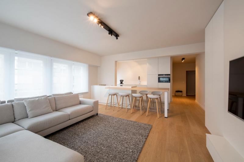 renovatie-appartement-nieuwpoort-franslaan-interieur-maatwerk-aannemer-3