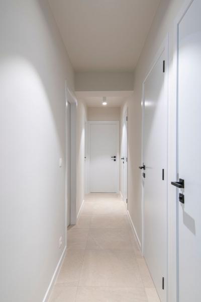 mortier-renovatie-totaalrenovatie-appartement-met-maatwerk-oostduinkerke-koksijde-30