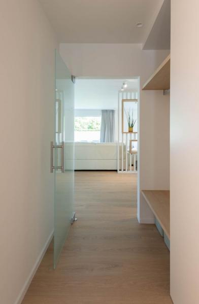 renovatie-woning-gelijkvloer-verdiep-maatwerk-keuken-kast-bureau-mortier-interieur-renovatie-18