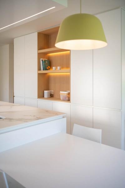 renovatie-woning-gelijkvloer-verdiep-maatwerk-keuken-kast-bureau-mortier-interieur-renovatie-82