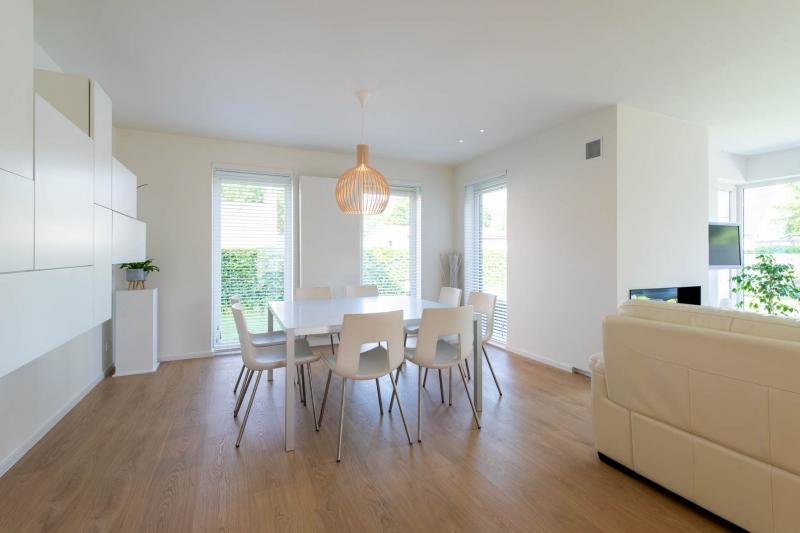 renovatie-woning-gelijkvloer-verdiep-maatwerk-keuken-kast-bureau-mortier-interieur-renovatie-99