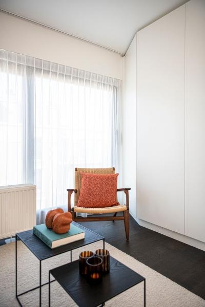 totaalrenovatie-appartement-oostduinkerke-mortier-meubelmaatwerk-92