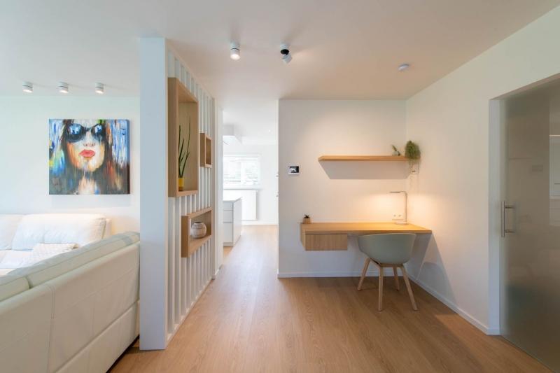 renovatie-woning-gelijkvloer-verdiep-maatwerk-keuken-kast-bureau-mortier-interieur-renovatie-1