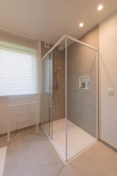 renovatie-woning-gelijkvloer-verdiep-maatwerk-keuken-kast-bureau-mortier-interieur-renovatie-39