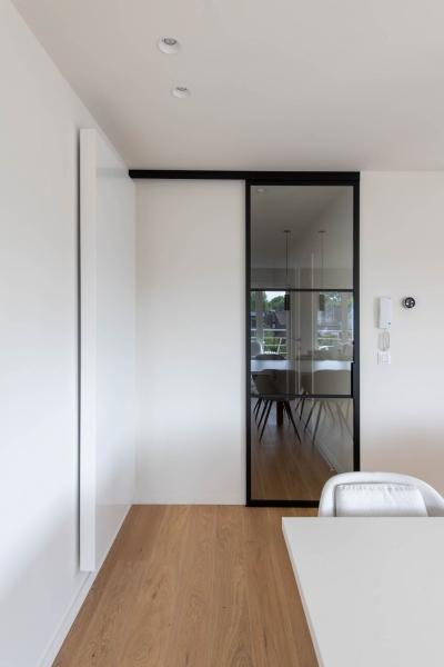 totaalrenovatie-appartement-oostduinkerke-tweedeverblijf-mortier-interieur-renovatie-15
