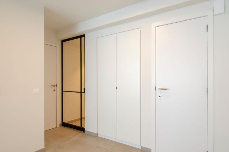 appartement-sint-idesbald-totaalrenovatie-mortier-interieur-renovatie-1