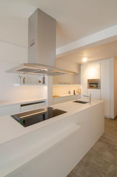 totaalrenovatie-en-meubelmaatwerk-appartement-zeedijk-koksijde-13