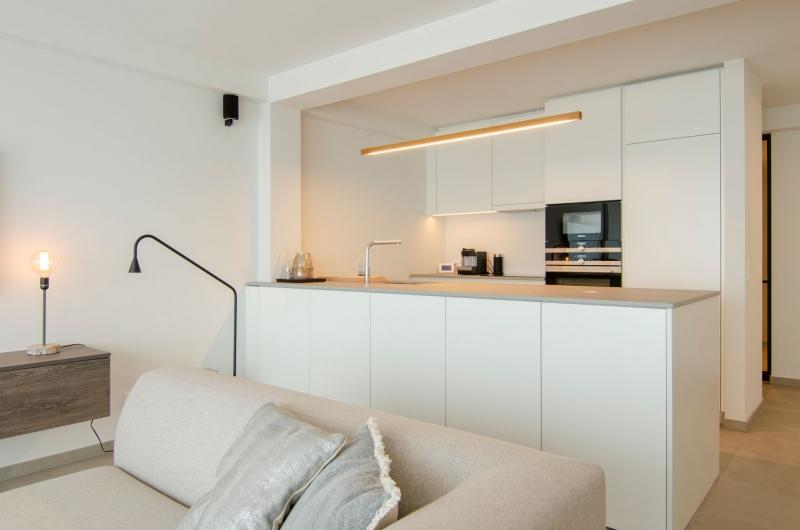 appartement-sint-idesbald-totaalrenovatie-mortier-interieur-renovatie-10